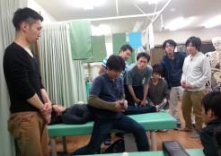 距骨下関節の手技操作
